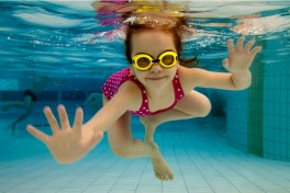 Children's Swim I (Ages: 8-14) Photo