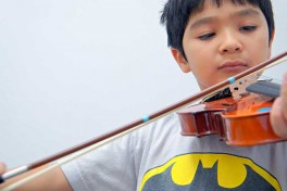 45 mins Private Violin Lesson (3.5 years and older) Photo