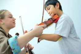 30 mins Private Violin Lesson (3.5 years and older) Photo