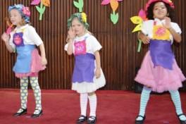 Annie - Little Stars Photo