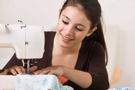 Children Free Beginner Sewing Class Photo