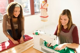 Adults Free Beginner Sewing Class Photo