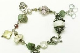 Chunky Gemstone Charm Bracelet Photo