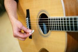 Group Guitar (Beginner) Photo