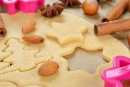 Kids Cookie Baking + Decorating Class 7-9 Years Photo